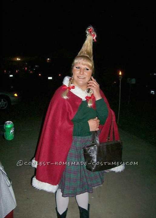 Easy and Impressive Cindy Lou Who Costume
