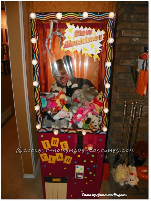 Cool Homemade Costume Idea: Claw Machine
