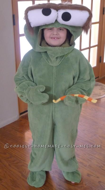 Oscar the Grouch with Slimey the worm