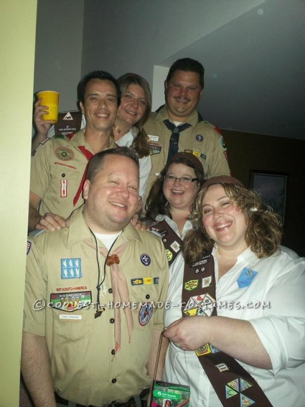 Cool Group Costume: Girl Scout and Boy Scout Troop - 2