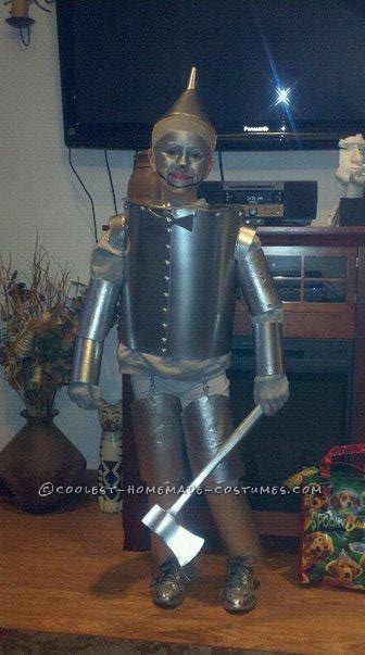 20-Year-Old Tin Man Costume Retouched and Wins Costume Contest... Again!