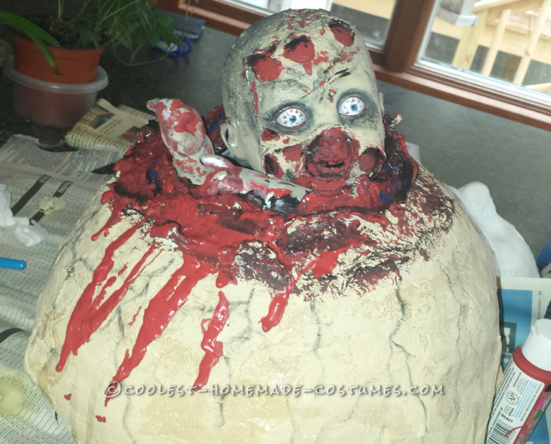 Creepy Couple Costume: Birthing a Baby Zombie - 2