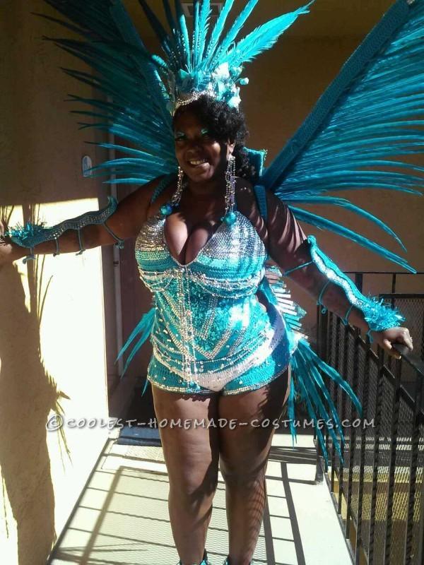 Pretty Rio Blue Macaw Costume - 1