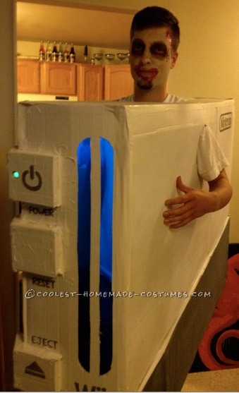 "Cool Nintendo ""Zomb-Wii"" Costume"