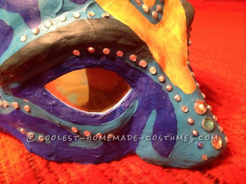 Homemade AVATAR mask with Na'vi yellow eyes.
