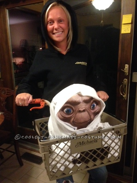 Cool No-Sew Costume Idea: Bringing ET back to Life