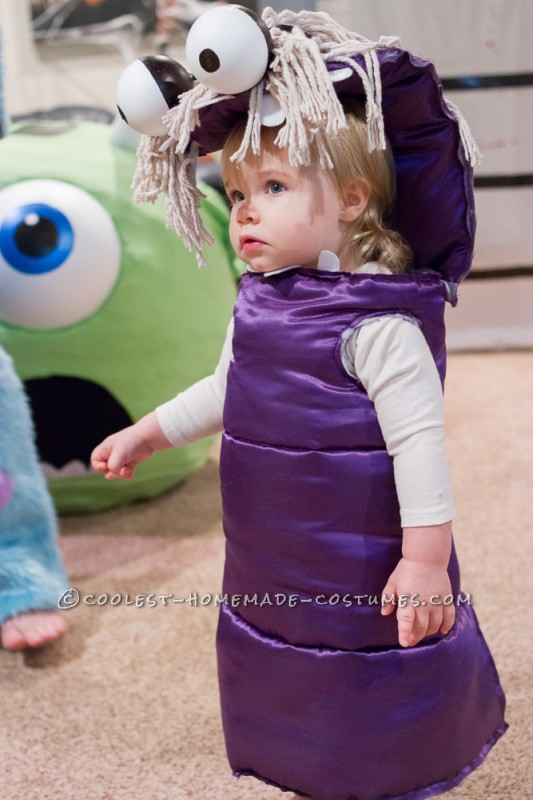 Coolest Homemade Mike Wazowski, Sully, and Boo Family Costumes - 3