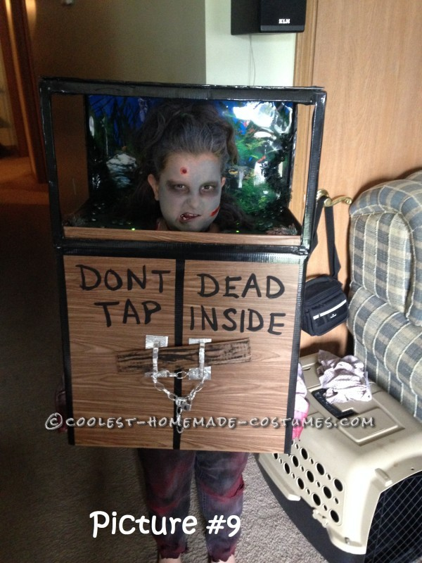 Original Zombie Head in a Fish Tank Costume - 1