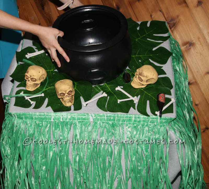 Cool Dog Costumes: Witch Doctor and Shrunken Head