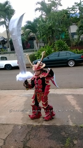 "Over-the-Top Homemade Samurai Costume by ""OCD"" Dad"