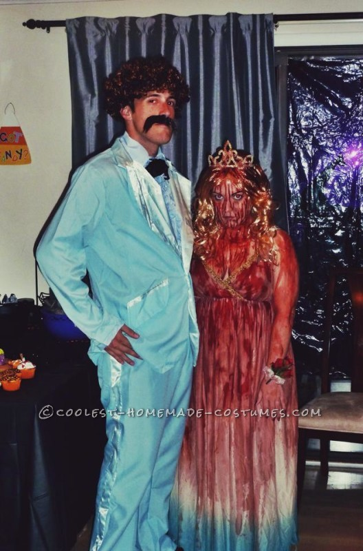 DIY Creepy Carrie Costume