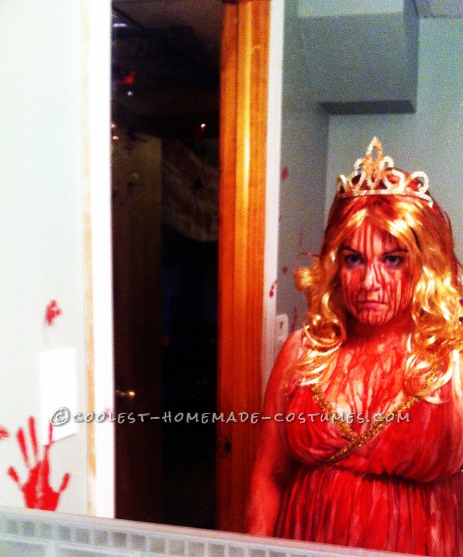 DIY Creepy Carrie Costume