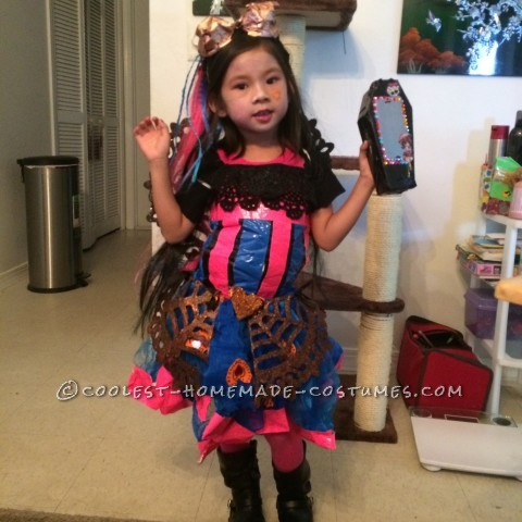 Cool Monster High Dracubecca Costume for a Girl