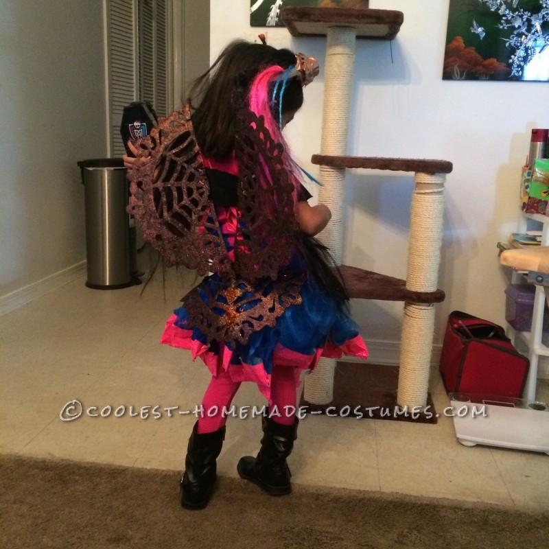 Cool Monster High Dracubecca Costume for a Girl - 2