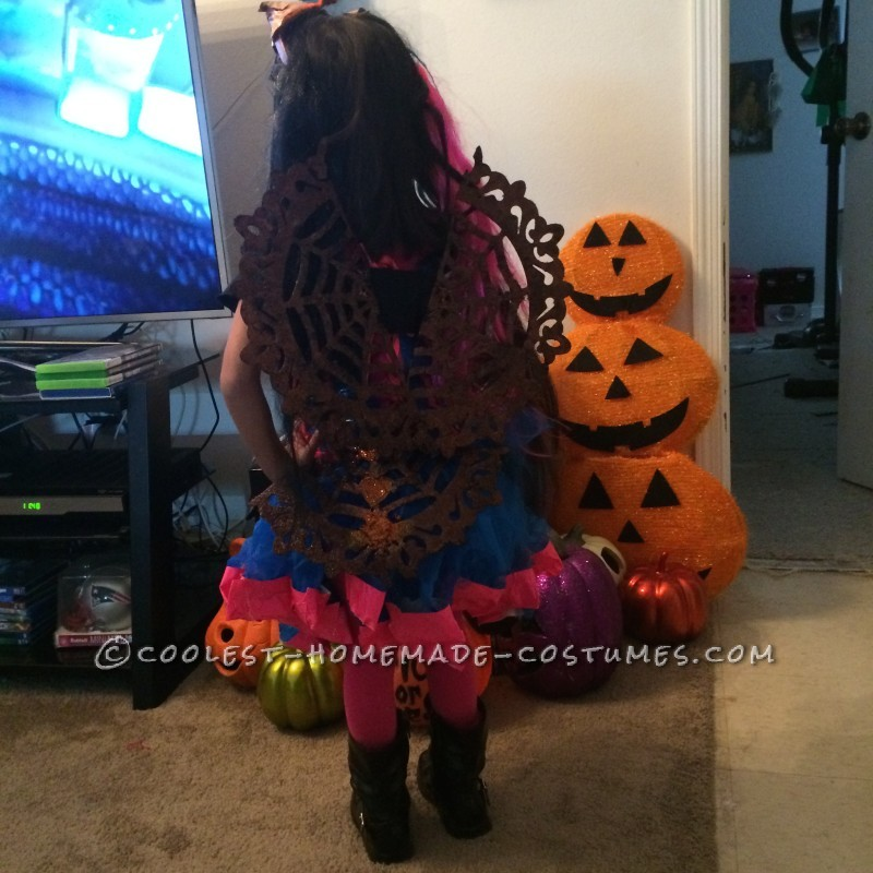 Cool Monster High Dracubecca Costume for a Girl - 8