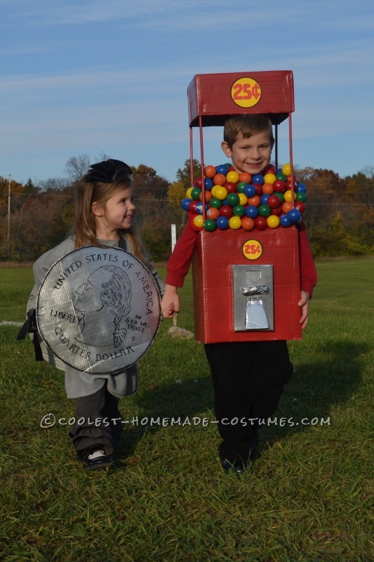 Cool Duo Costume:  A Gumball Machine and a Quarter - 2
