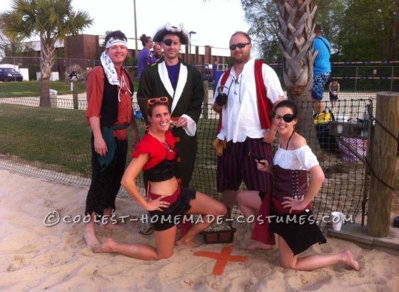 Easy No-Sew DIY Pirate Group Costume