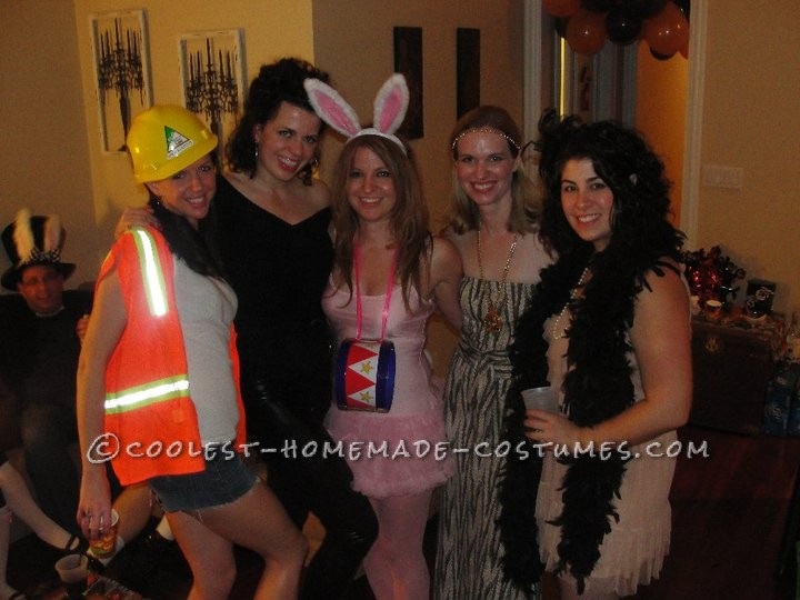 Sexy No-Sew Costume for a Woman: Energizer Bunny Comes to Life!