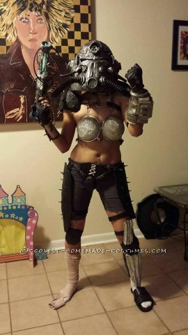 Sexy Costume Tribute to Fallout