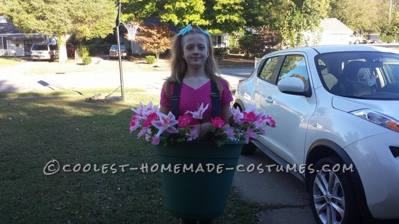 Easy DIY Costume Idea: Flower Pot