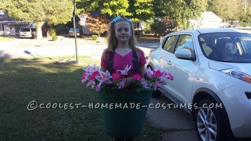 Easy DIY Costume Idea: Flower Pot - 1