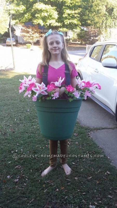Easy DIY Costume Idea: Flower Pot - 2