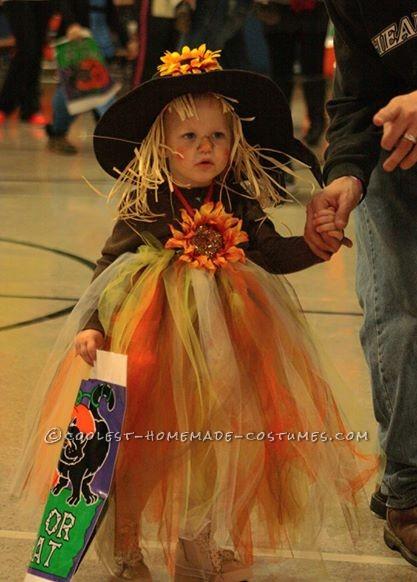 Adorable Scarecrow Costume for a Girl