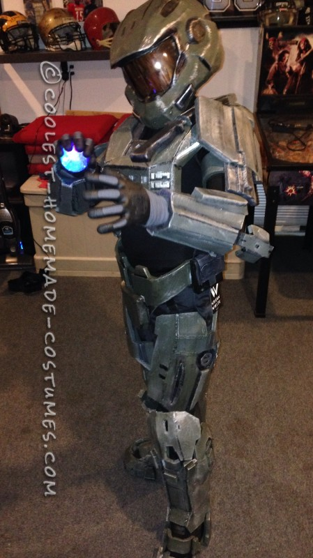 Halo Costume – The First Ever Costume I Built - 2