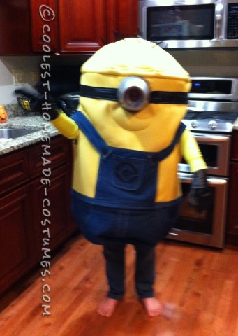 Cool Handmade Costume: Minion