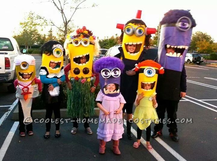 Cool Homemade Minion-Invasion Group Costume