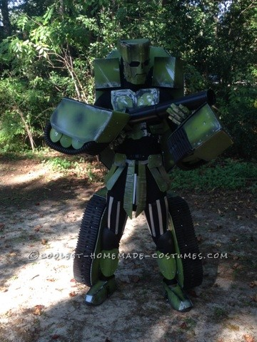 Made Up Transforming Transformer Costume: Autobot FURY