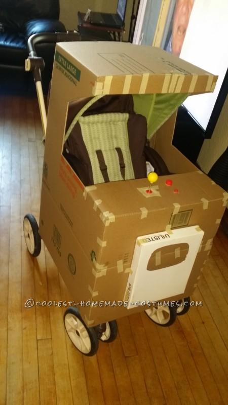 Coolest Stroller Costume Idea: Baby Pac Man Arcade - 2
