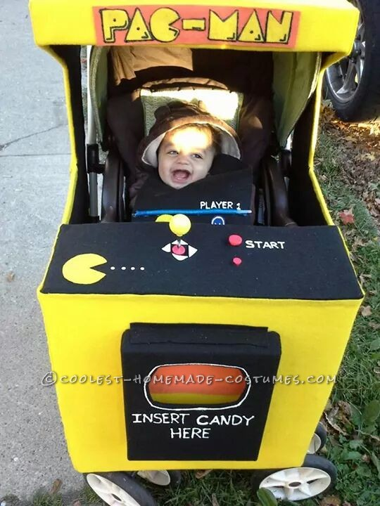 Our Homemade Pacman Famliy Costumes - 3