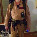 Coolest Ever Homemade Ghostbuster Costume: Project Ghosthead!