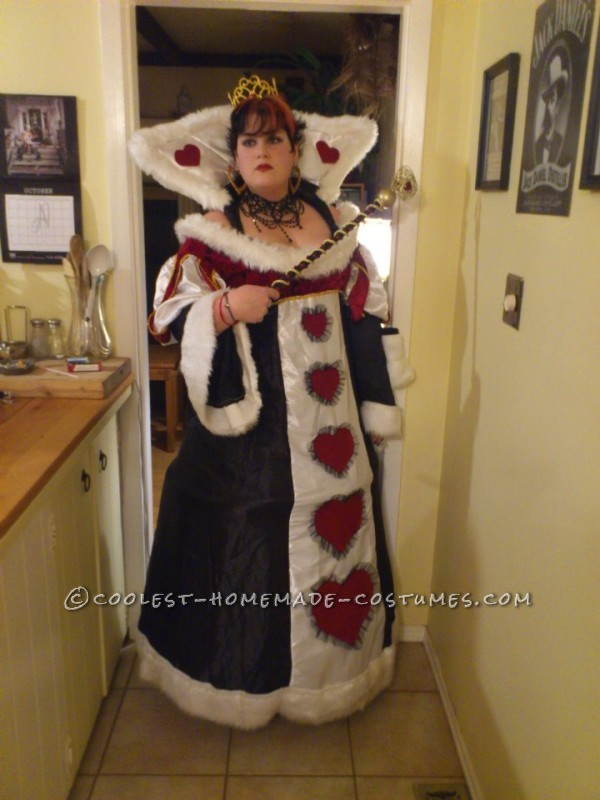 Cool Homemade Plus-Size Queen of Hearts Costume