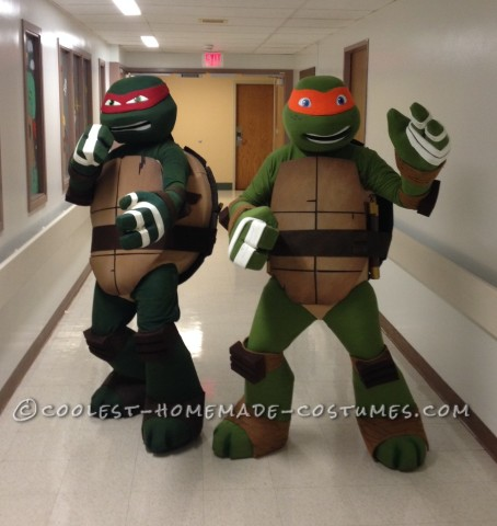 Ninja Turtles Visit Women and Children's of Buffalo on Halloween