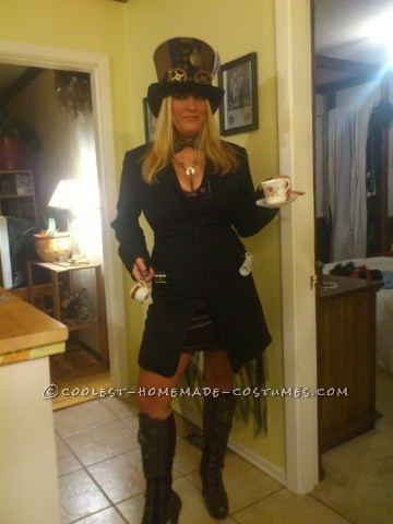 Sexy Steampunk-Style Mad Hatter Costume