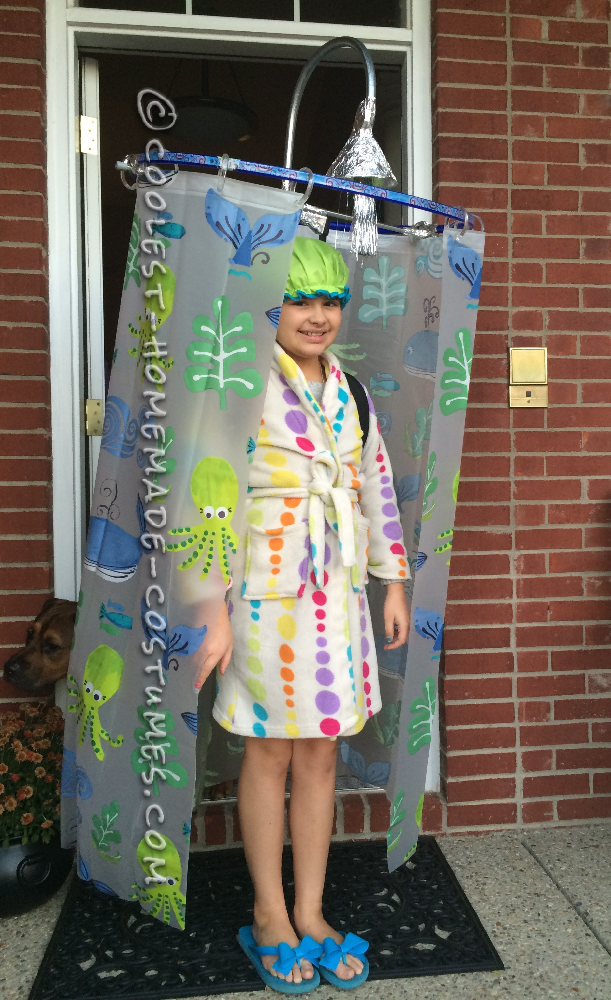 Cool DIY Costume Idea: Shower Curtain Costume