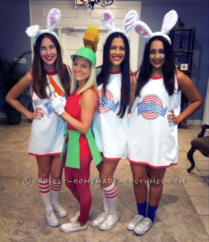Cute Homemade Marvin the Martian Costume for a Woman - 1