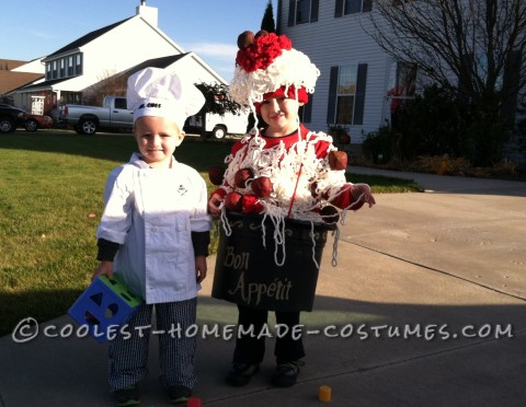 Cool DIY Spaghetti and Meatballs Costume