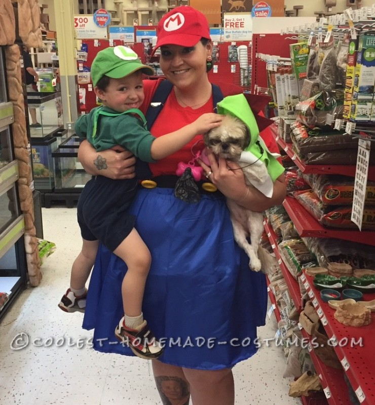 Mom, Child and Dog Super Mario Bros. Costumes