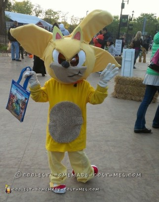 Cool DIY Tails Costume from Sonic Series