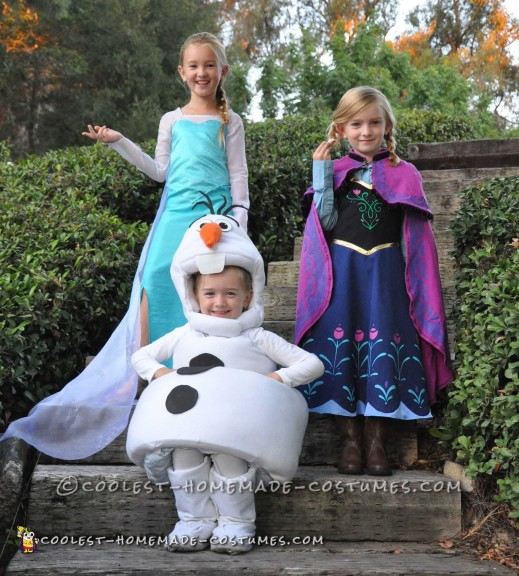 Frozen Group Costume: Elsa, Anna and Olaf
