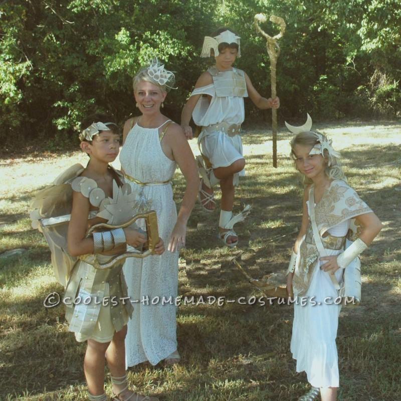 Cool Greek Gods and Goddesses Family Costume