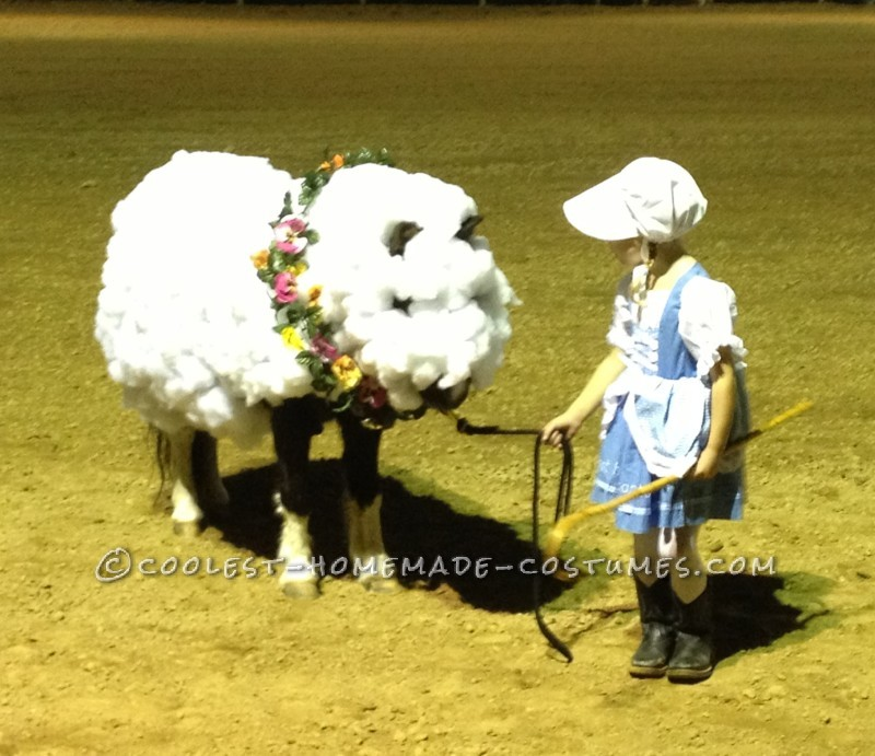 Little Bo Peep and Her Horsey Sheep Costumes - 1