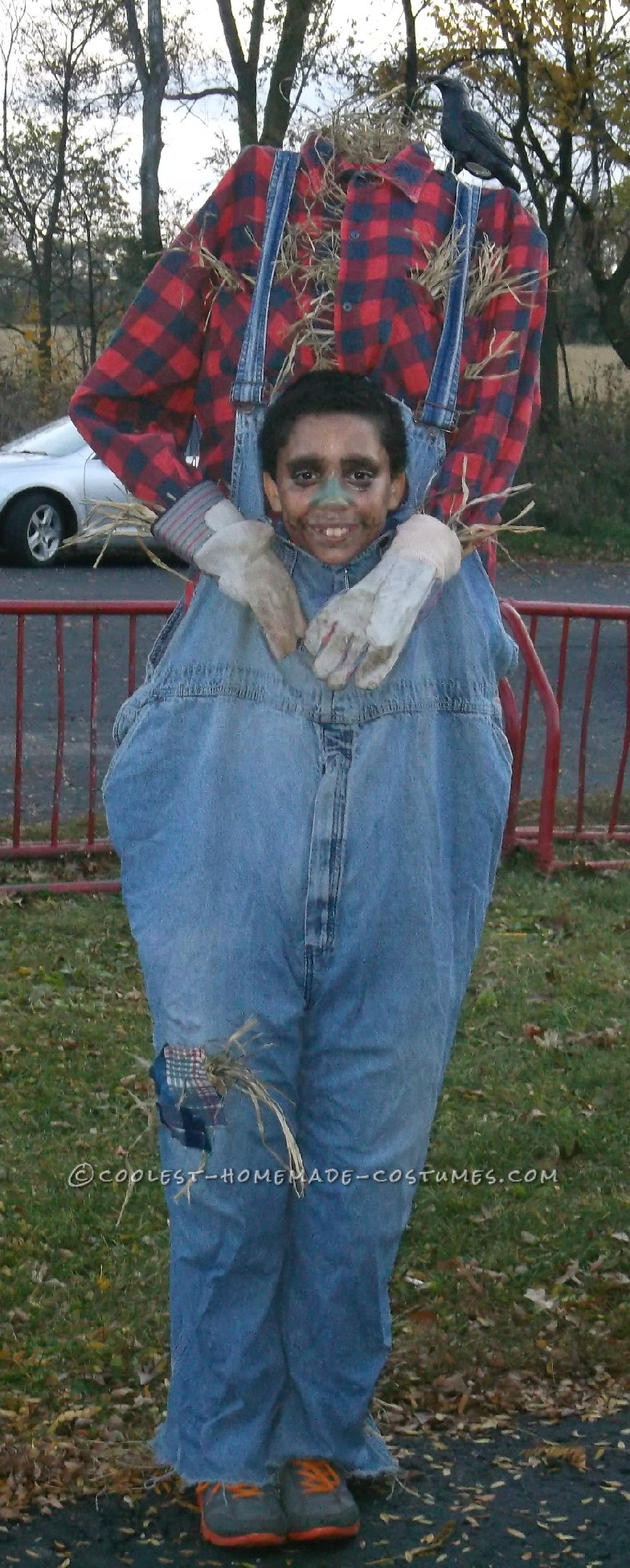 Headless Costume: Scarecrow Gone to the Birds!