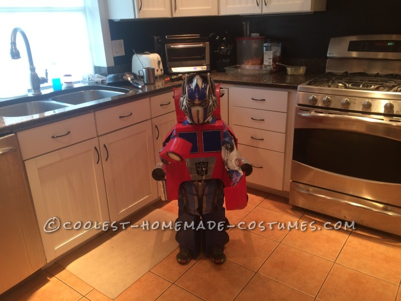 Awesome Transforming Optimus Prime Costume