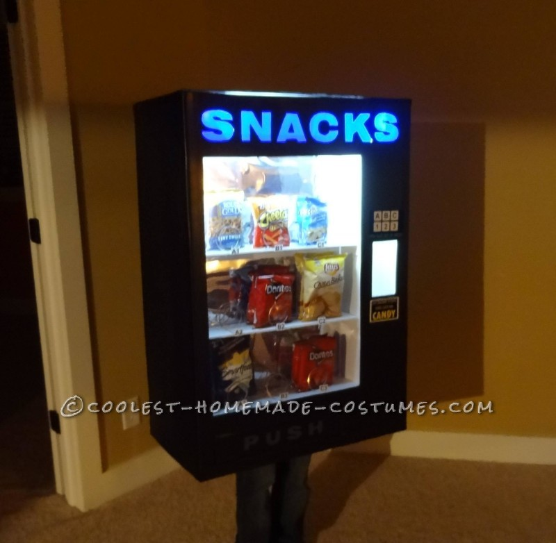 Awesome DIY Vending Machine Costume - 1