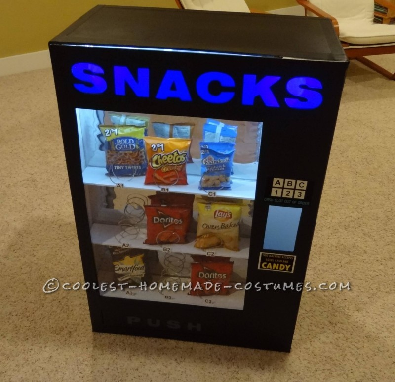 Awesome DIY Vending Machine Costume - 2