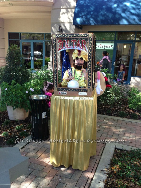 Awesome Functioning Zoltar Costume - 7